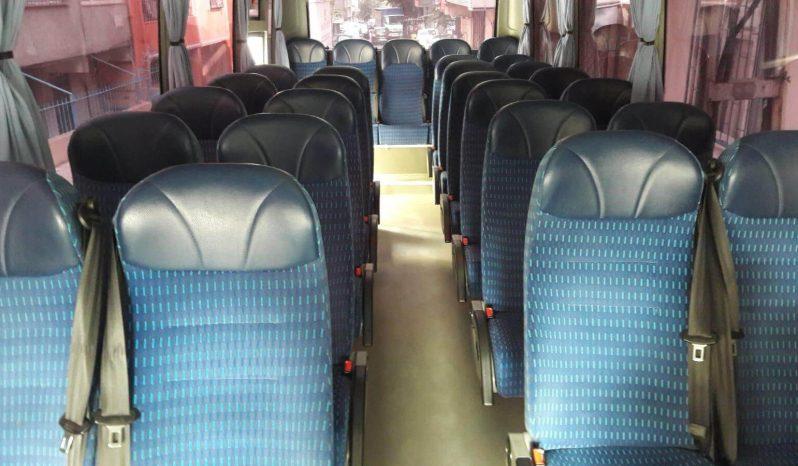 Şoförlü Lüx İSUZU Otobüs dolu